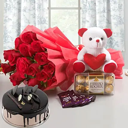 Love combo with chocolate and cake
