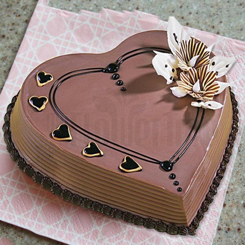 Coffee heart shape cake
