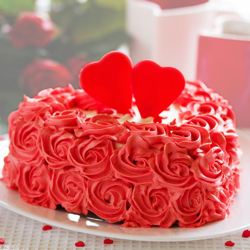 Heart shaped rose cake