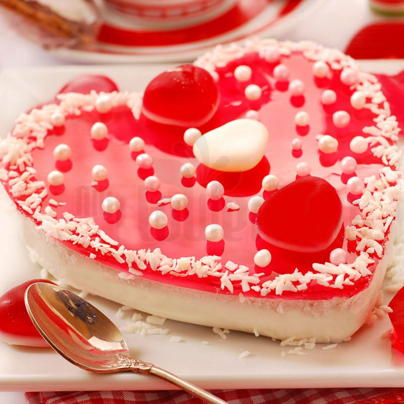 Heart shaped strawberry jelly cake
