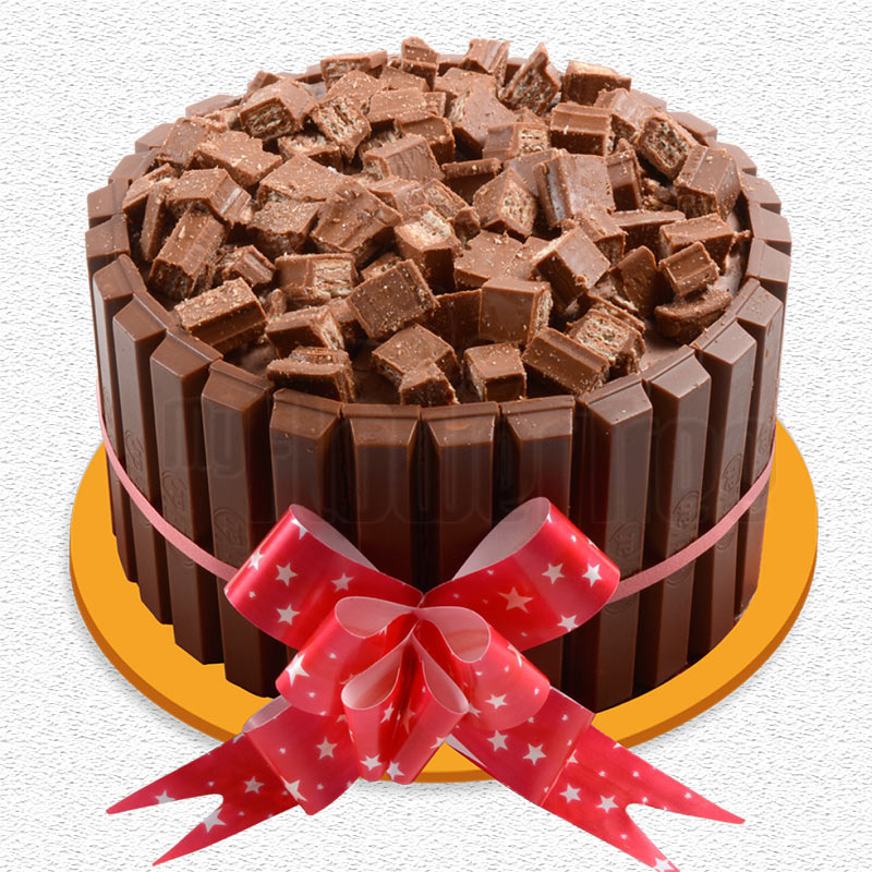 Kit kat chocolate cake