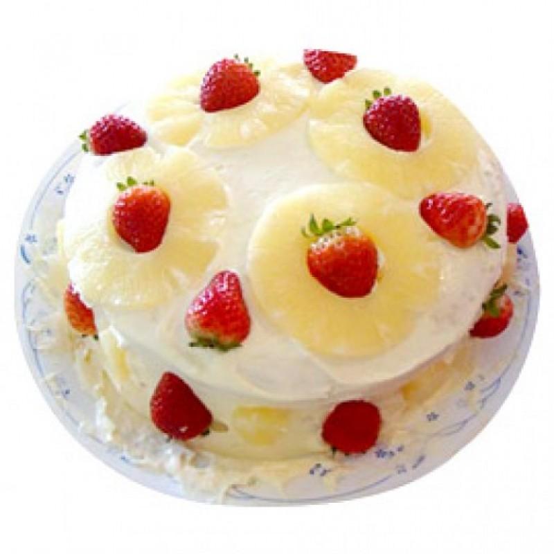 Pineapple strawberry cake
