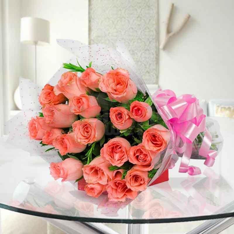 20 peach roses