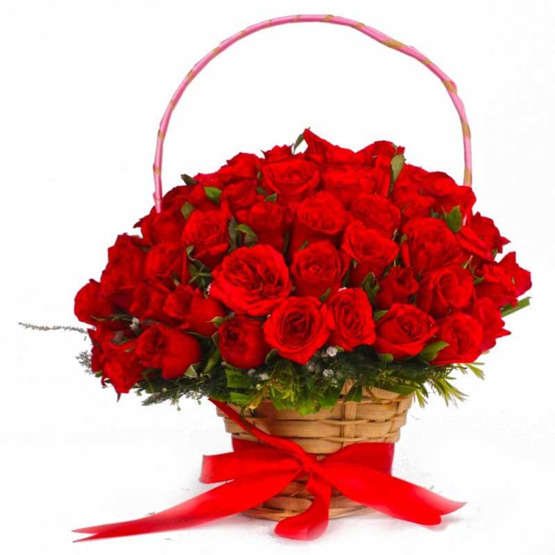 50 red rose basket