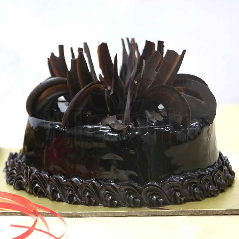 Truffle eggless cake