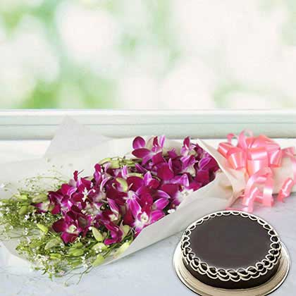 Orchid and chocolate cake