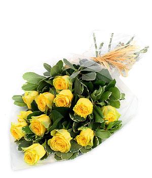 20 yellow roses