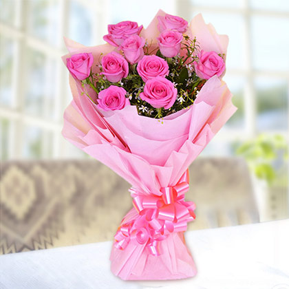 Pretty bunch pink roses